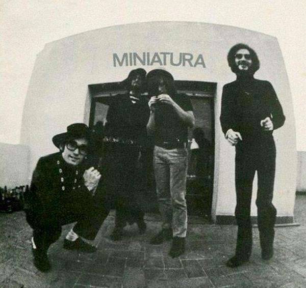foto del grupo Miniatura