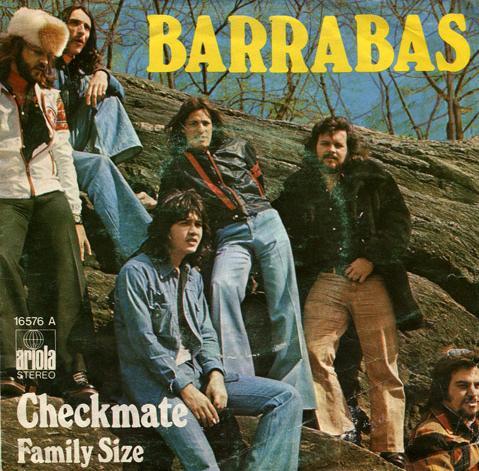 portada del disco Checkmate / Family Size