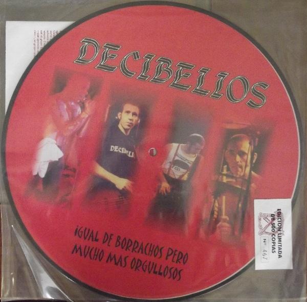 portada del album Igual de Borrachos Pero Mucho Más Orgullosos