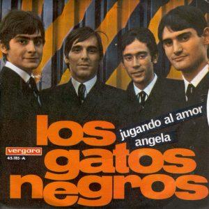 portada del disco Jugando al Amor / Ángela