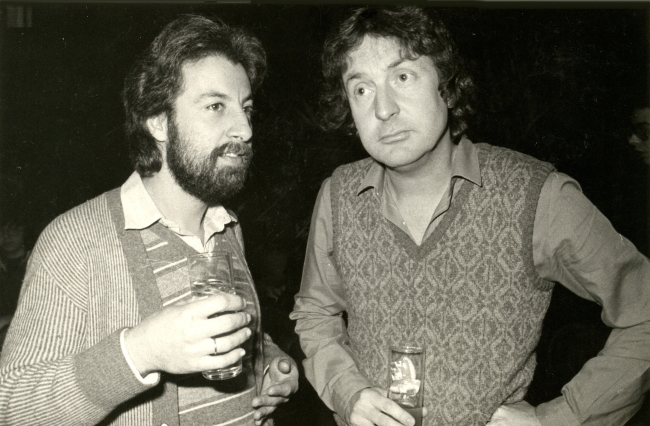 Martin de la Plaza (izq) y Nick Mason - Pink Floyd (derecha)