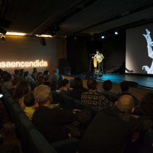 Javier Díez Ena con visuales de El Problema en La Casa Encendida
