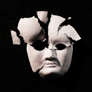 portada del disco Fragments of a Blank Face