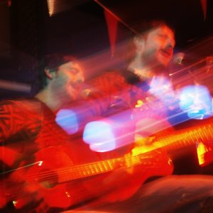 Alberto Montero en la fiesta 'Tres hombres solos' organizada por LaFonoteca. (foto de Blanca Viñas)