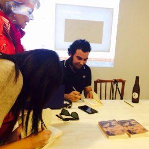 Fernando F. Rego y Andrea Lapique firmando